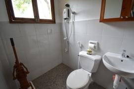 Private bathroom ensuite